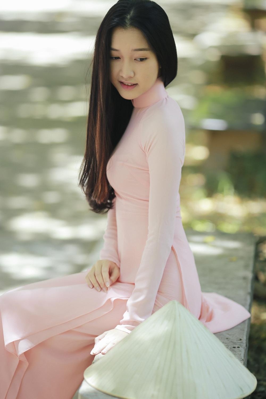 Nhan sắc nàng thơ xứ Huế vào chung kết Hoa hậu Việt Nam - Ảnh 15.