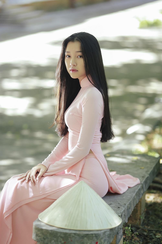 Nhan sắc nàng thơ xứ Huế vào chung kết Hoa hậu Việt Nam - Ảnh 12.