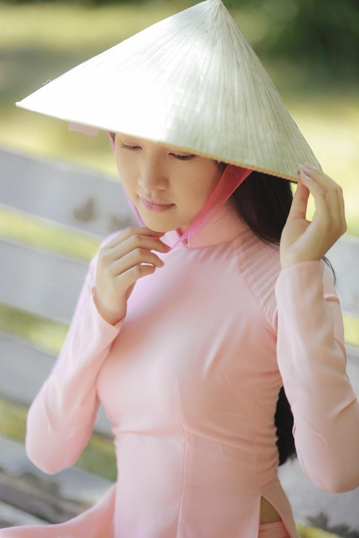 Nhan sắc nàng thơ xứ Huế vào chung kết Hoa hậu Việt Nam - Ảnh 14.
