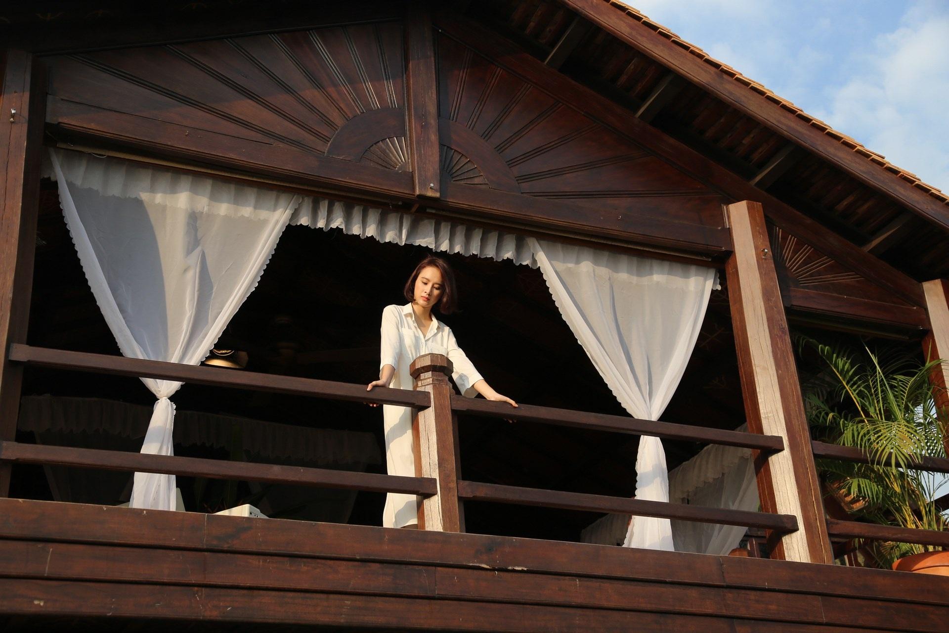 Angela Phương Trinh tại đảo Tuần Châu.