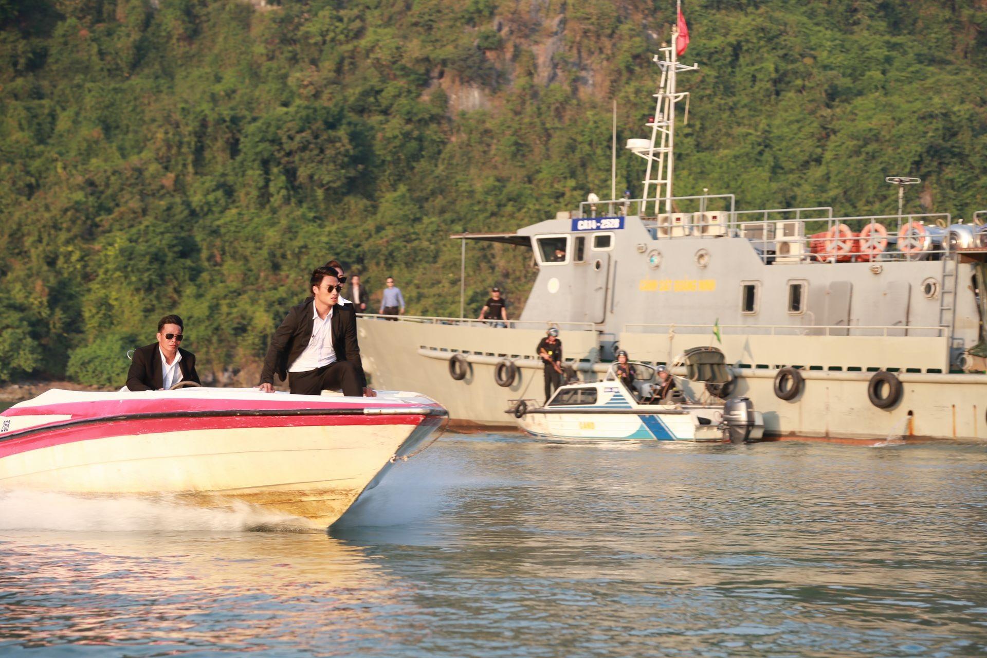 Mạc Hồng Quân được Đạo diễn Việt Anh khen có diễn xuất khiến anh bất ngờ.
