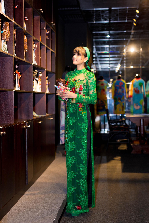 """Trương Thị May cũng đang chờ một kịch bản phim phù hợp, mặc dù rất có """"duyên"""" với điện ảnh nhưng Trương Thị May thường xuyên từ chối những vai diễn cô nghĩ không phù hợp."""