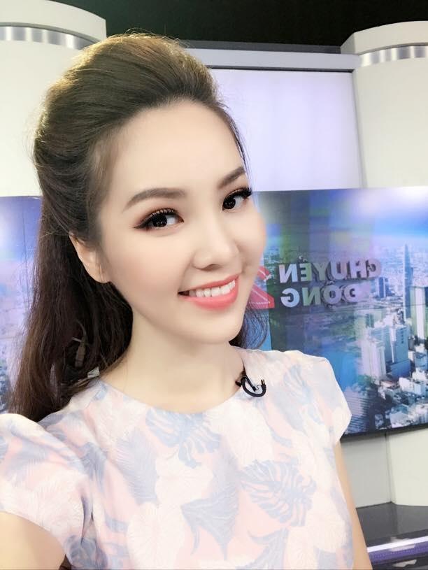 """Top những nàng hậu xinh đẹp của VTV và cái duyên """"cầm mic"""" - 4"""