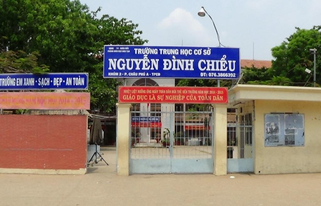 Ngôi trường nơi em Bành Nguyệt Minh T. bị đánh nhiều tháng qua