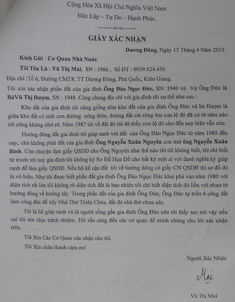 Giấy xác nhận của bà Vũ Thị Mai - vợ ông Mai Thanh Thành người giáp ranh với ông Đào Ngọc Đức .