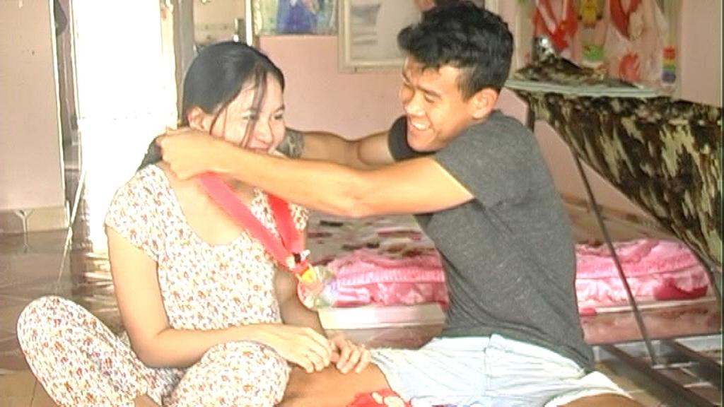 Buổi cơm sum hợp gia đình của vợ chồng hậu vệ Thanh Hiền