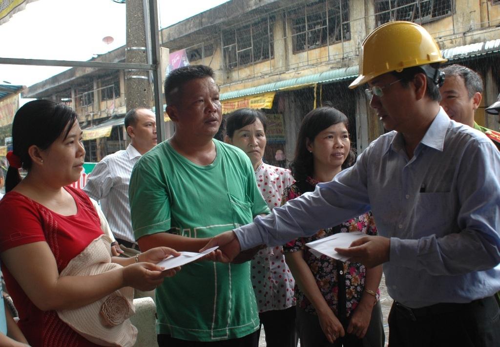 Vụ cháy rụi 21 ki-ốt  tại chợ Tam Nông, thiệt hại khoảng 10 tỷ đồng