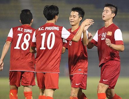 U19 Việt Nam khởi động cho giải tứ hùng U19 quốc tế bằng trận giao hữu với CLB HA Gia Lai