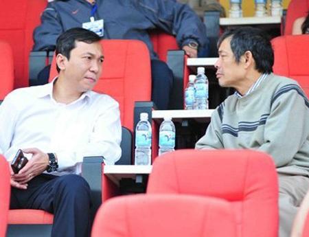 Cả ông Ngô Lê Bằng (phải) lẫn ông Trần Quốc Tuấn đều sẽ ngồi lại VFF khóa 7?