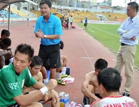 V.Ninh Bình là đội thứ 11 bỏ V-League, chỉ sau 14 năm