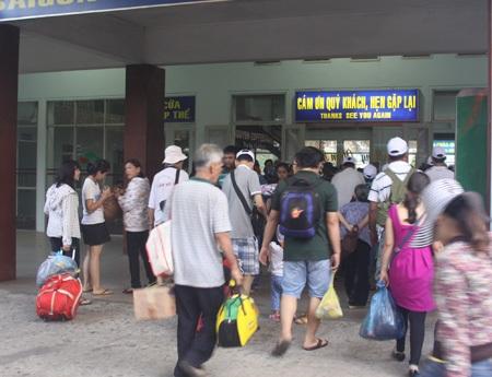 Nhiều người đến với thành phố mang tên Bác trong ngày 30/4 lịch sử