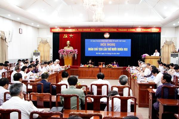 Hội nghị Đoàn Chủ tịch UB Trung ương MTTQ Việt Nam lần thứ 10 diễn ra sáng 4/10.
