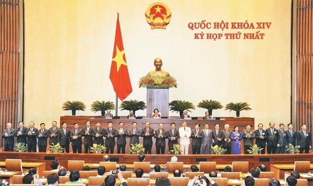 Chính phủ nhiệm kỳ 2016-2021 với 27 thành viên (Thủ tướng, 5 Phó Thủ tướng, 21 Bộ trưởng - Thủ trưởng cơ quan ngang bộ) chính thức nhận nhiệm vụ từ tháng 7/2016.