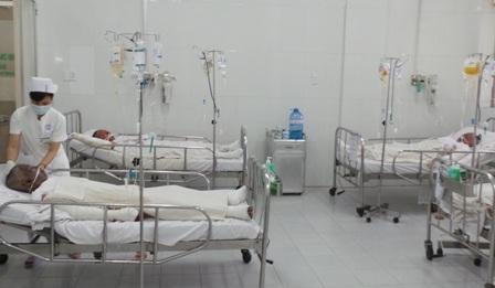 Cả gia đình họ bị bỏng hô hấp nên việc điều trị rất khó khăn