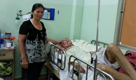 Khoa Lão bệnh viện Nguyễn Tri Phương tiếp nhận khoảng 150 bệnh nhân mỗi ngày