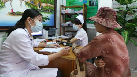 Cần những chính sách mở cửa để bác sĩ gia đình chăm sóc sức khỏe nhân dân