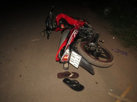 Chiếc xe máy mà đối tượng Hiệp bị ngã tại hiện trường vụ trộm chó