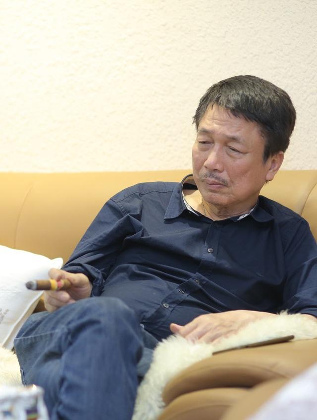 Phú Quang luôn tự mình thực hiện các đêm nhạc như trả nợ ân tình cho người Hà Nội