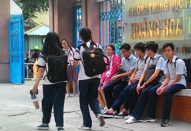 Sự phân biệt, trù dập của giáo viên dễ gây cẳng, áp lực sợ đến trường cho học sinh (Ảnh minh họa)