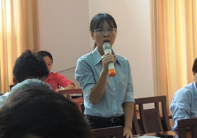 Trong khi giáo viên, nhà trường tin rằng học thêm là nhu cầu có thực của bố mẹ học sinh thì đại diện phụ huynh trong buổi gặp gỡ với Sở GD-ĐT TPHCM cho rằng dạy học thêm đang dẫn đến những bất công, nhiều người cho con đi học để tránh bị kỳ thị