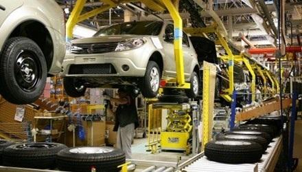 Một số vị đại biểu đồng ý áp điều kiện với sản xuất, lắp ráp ô tô nhưng đề nghị bỏ nhập khẩu ô tô ra khỏi ngành nghề kinh doanh có điều kiện