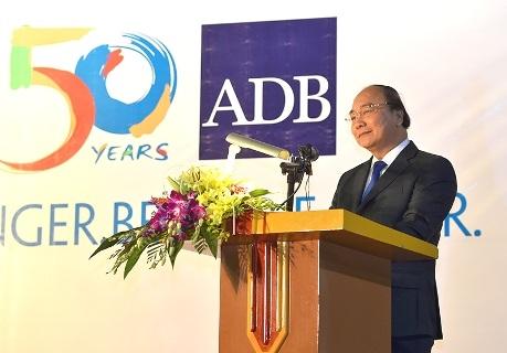 Thủ tướng khẳng định Việt Nam trân trọng và sử dụng có hiệu quả nguồn vốn vay và ưu đãi từ ADB (ảnh: VGP News)