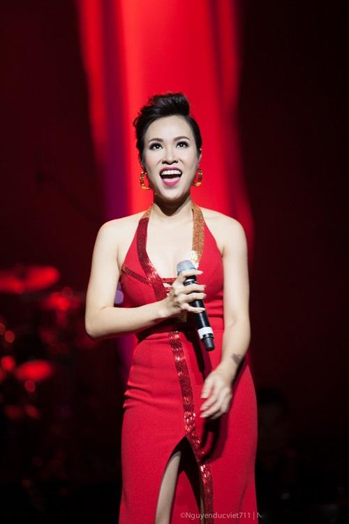 Uyên Linh trở thành giọng ca được yêu thích khi bước ra từ Vietnam Idol 2010. Ảnh: TL.