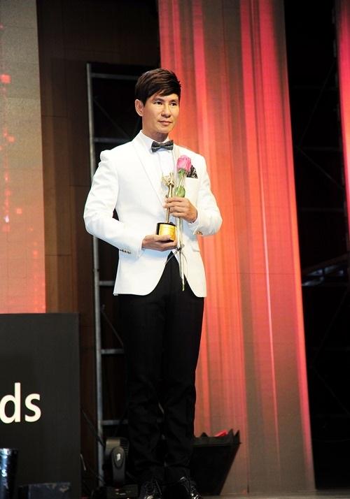 Tối 30/11, Lý Hải cùng vợ đã tham dự đêm trao giải Korean culture & global entertainment awards được tổ chức tại thủ đô Seoul (Hàn Quốc). Ảnh: ĐLP.