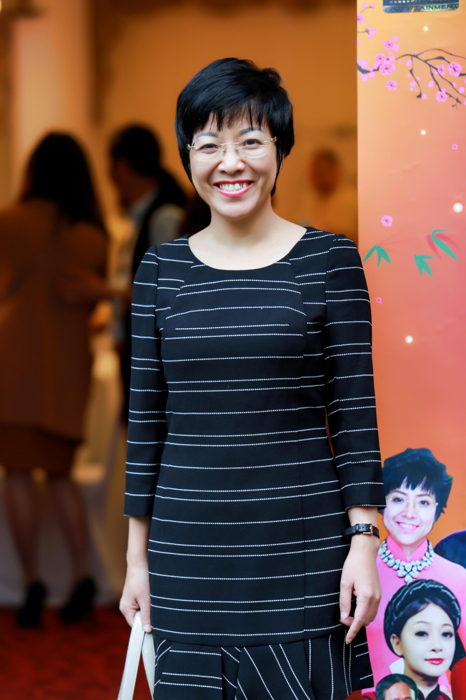 MC Thảo Vân trong buổi ra mắt phim.