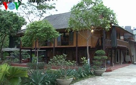 Nhà sàn không chỉ là biểu trưng, mà còn là một bảo tàng nghệ thuật sống của người Thái ở Mường Lò