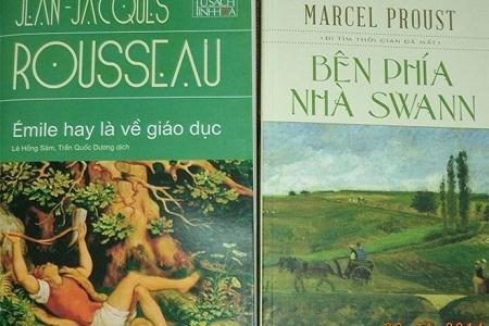 Hai cuốn sách bị phát hiện là có nhiều lỗi về dịch thuật. Ảnh: Â.T