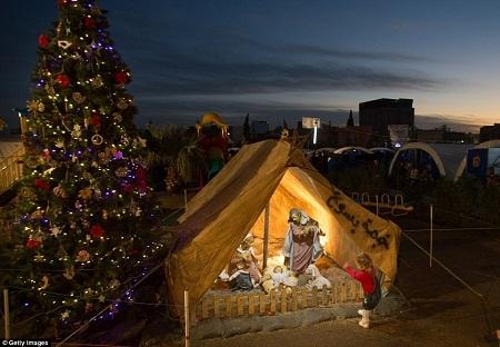 Hình ảnh đón Giáng sinh từ một trại tị nạn ở Iraq
