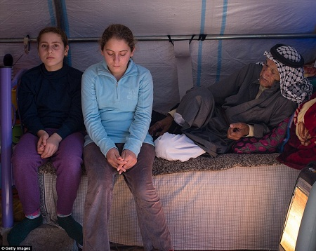 Những trại tị nạn ở miền bắc Iraq đang bị khủng hoảng khi số lượng người tìm đến ngày càng đông.