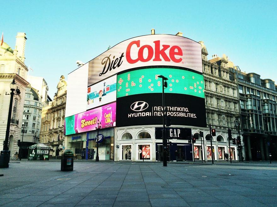 Ngã tư Piccadilly Circus