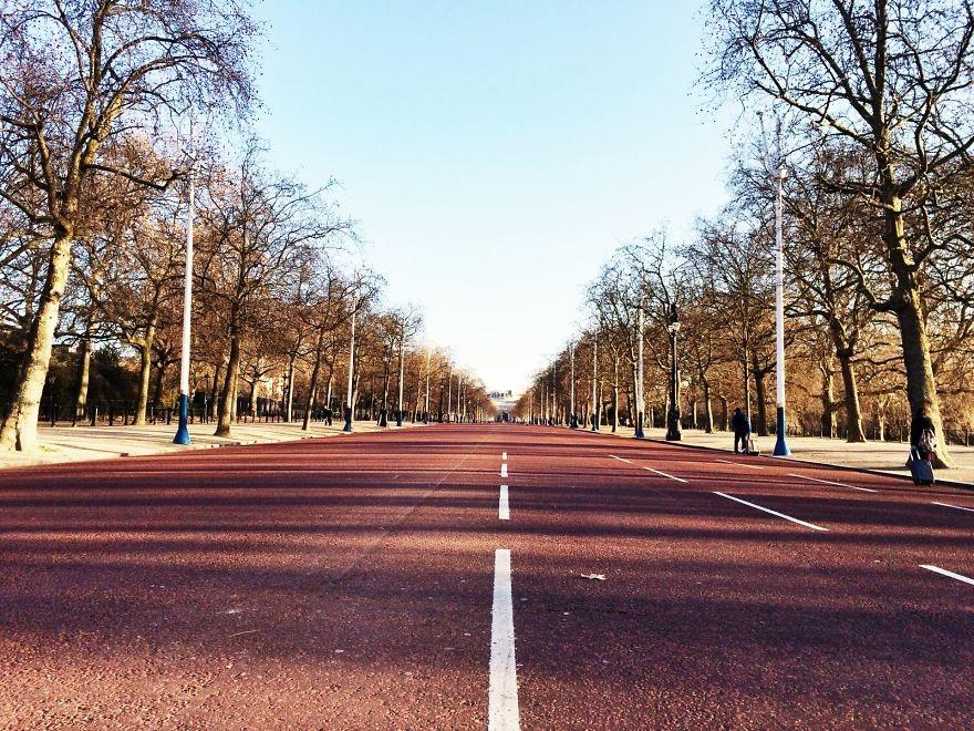 Phố The Mall - đường dẫn tới cung điện Buckingham