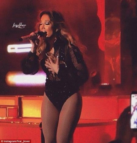 Jennifer Lopez biểu diễn tại lễ cưới được cho là tiêu tốn tới 15 triệu bảng.