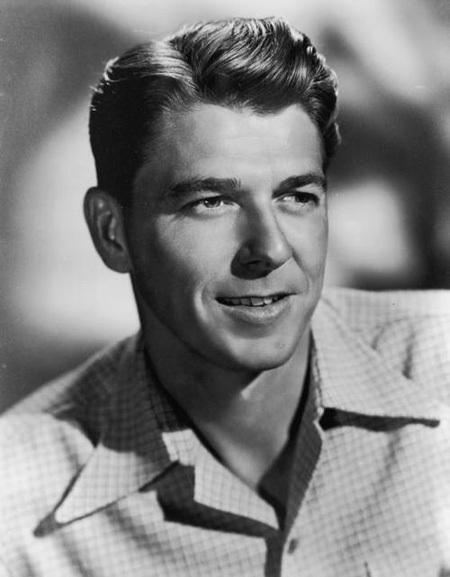 Ronald Reagan thời trẻ