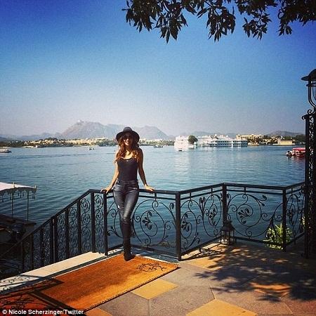 Không gian tổ chức hôn lễ đã gây ấn tượng với cả một ngôi sao quốc tế như Nicole.