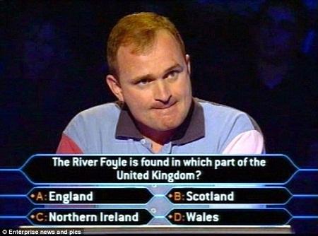 """Charles Ingram tại cuộc chơi """"Ai là triệu phú?"""" năm 2001."""
