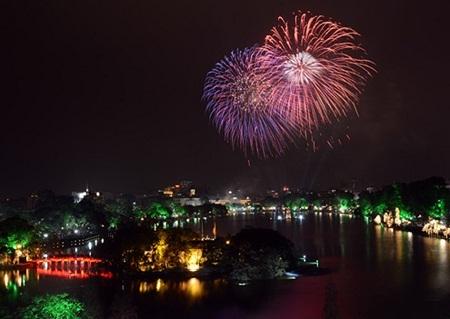 """Năm mới Ất Mùi đã """"xông đất"""" Việt Nam!"""