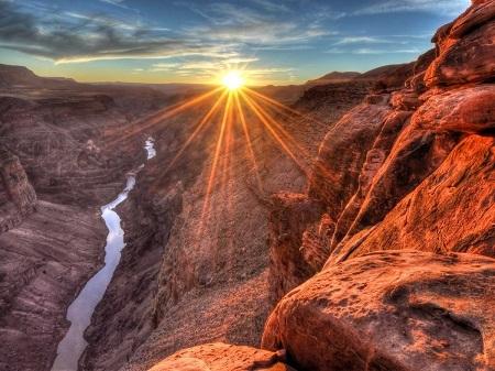 Hẻm núi Grand Canyon ở bang Arizona, Mỹ từ lâu đã nổi tiếng trong giới những tín đồ ưa xê dịch.