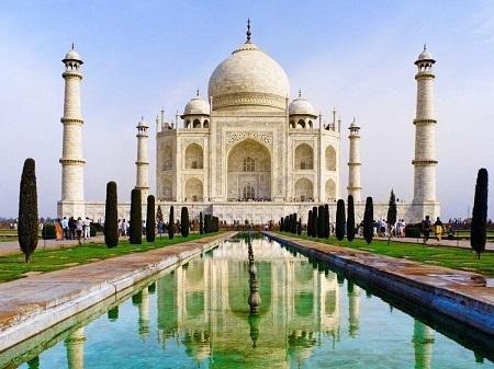 Thăm đền Taj Mahal của Ấn Độ.