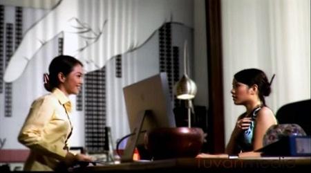 """Hình ảnh chú sóc treo mình """"bật đèn"""" trong TVC Smarthome cũng được tính toán kỹ lưỡng."""