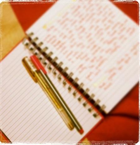 Viết nhật ký mỗi ngày.