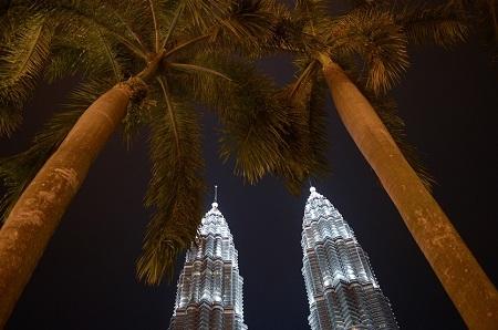 Tháp đôi Petronas ở Kuala Lumpur, Malaysia.