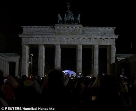 Cổng Brandenburg ở Berlin, Đức.