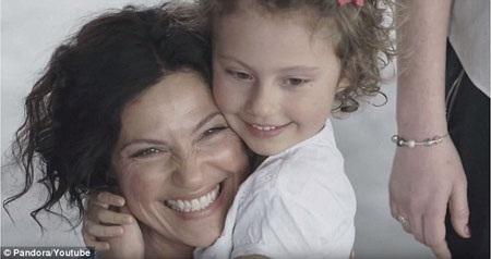 Thử nghiệm này được thực hiện để giúp người xem hiểu hơn về sự gắn bó đặc biệt giữa mẹ và con.