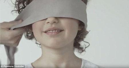 Mỗi đứa trẻ đều có bản năng để nhận ra mẹ.