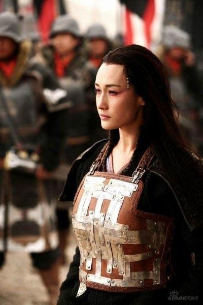 """Maggie Q và những vai diễn khiến khán giả Việt """"say đắm"""""""