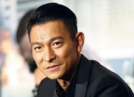Nam diễn viên Lưu Đức Hoa